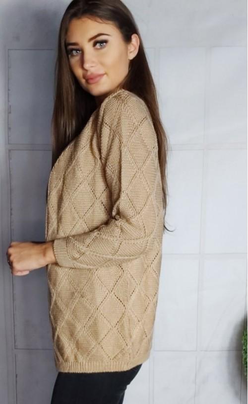 Sweter na guziki beżowy  895