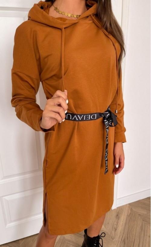 Sukienka z kapturem i paskiem TI 852 Camel